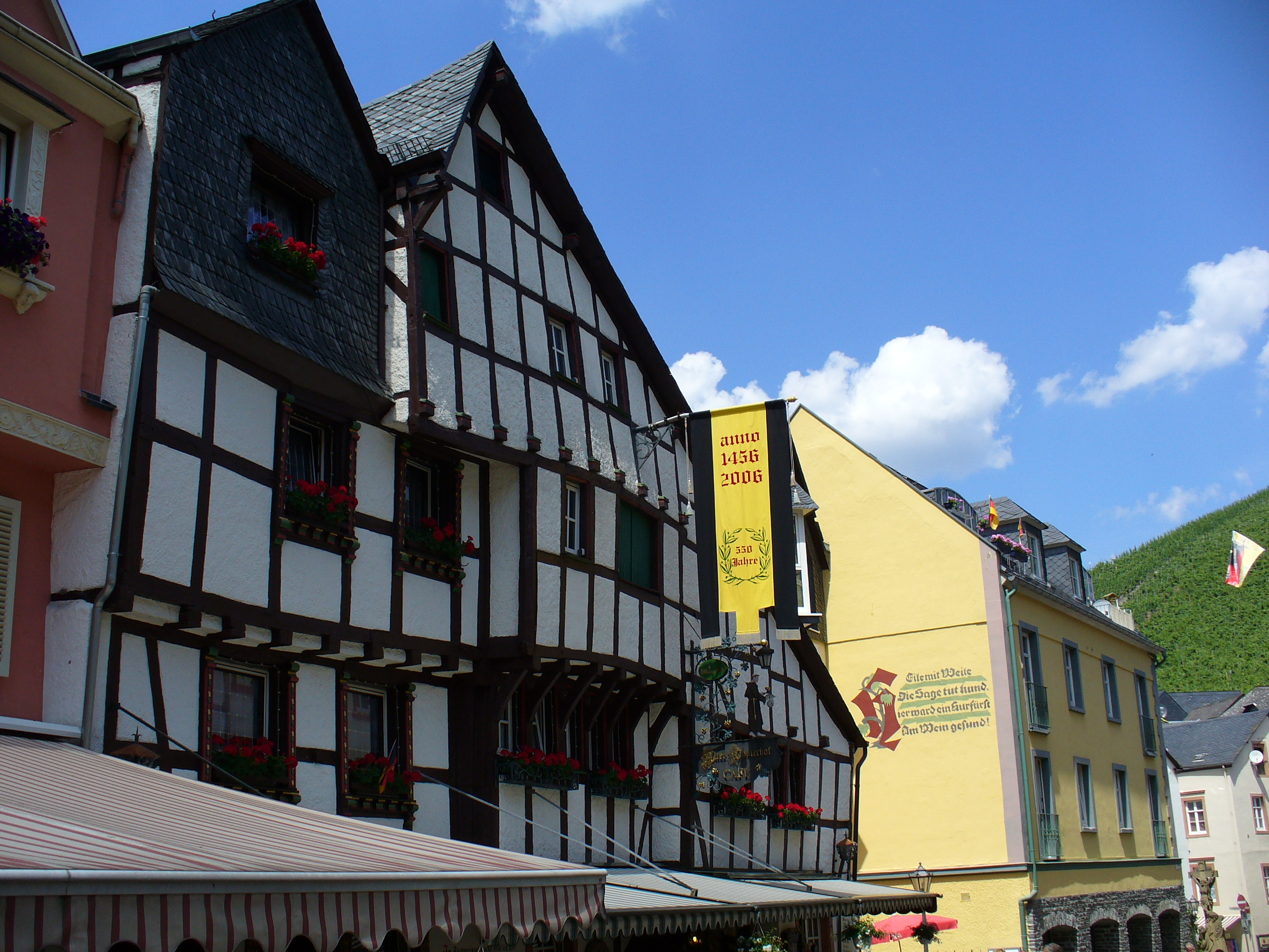 A warped house built in 1497 in Germany